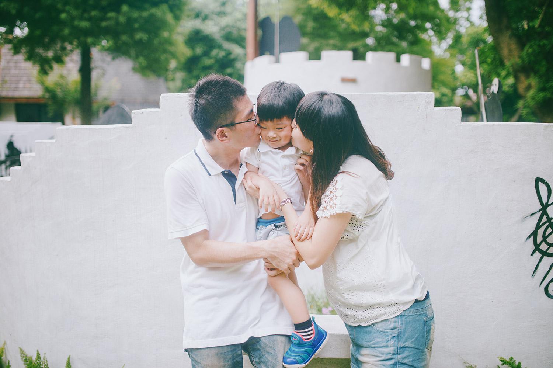 family_kid_001_025