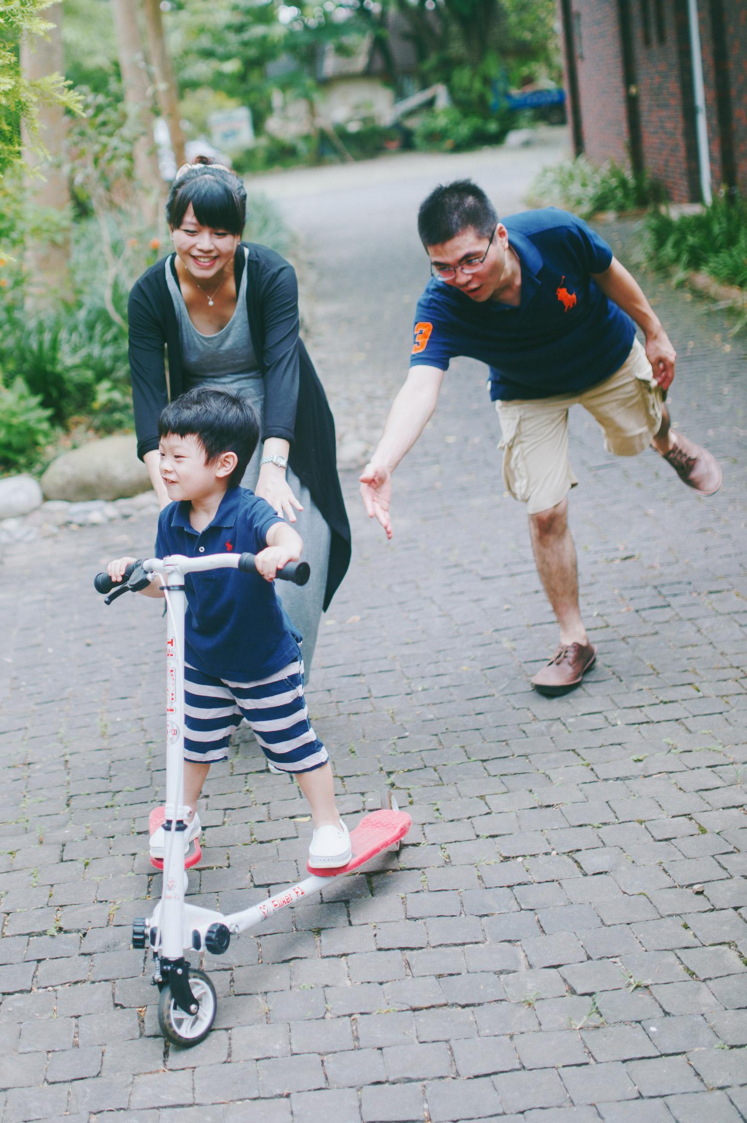 family_kid_001_030