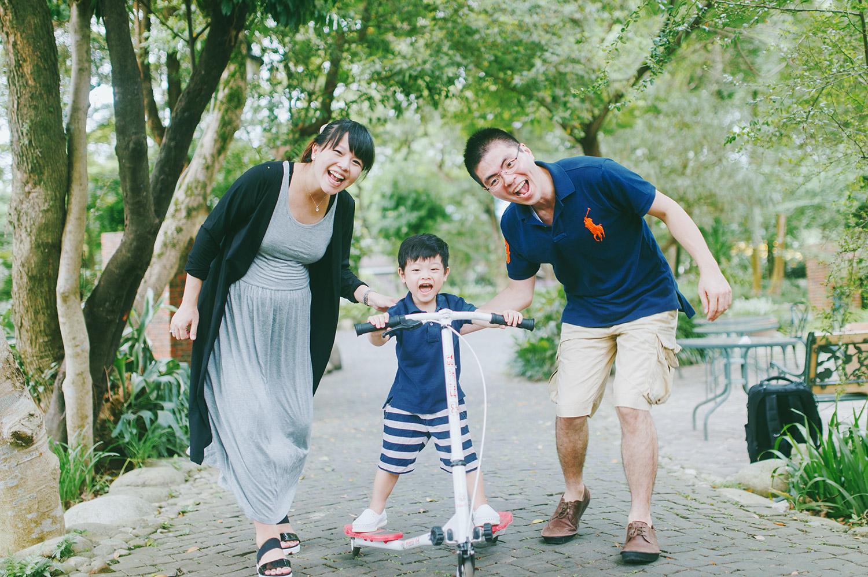 family_kid_001_033