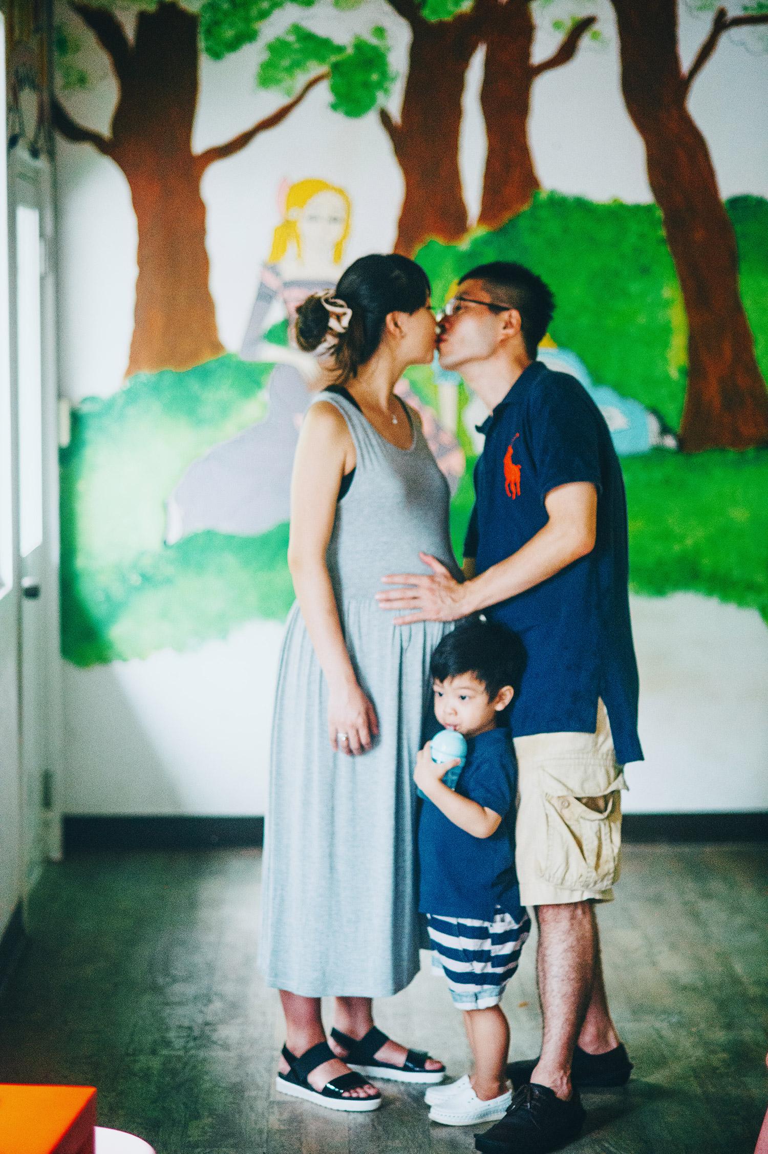 family_kid_001_047