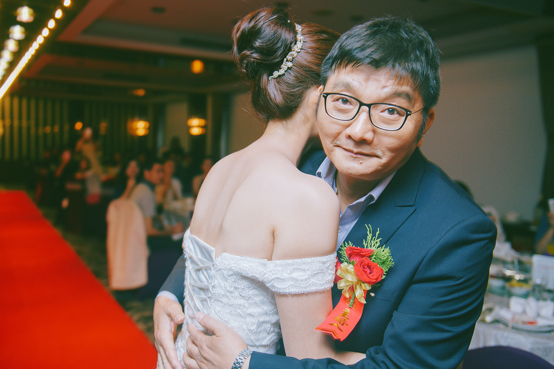 wedding_portfolio_054_056